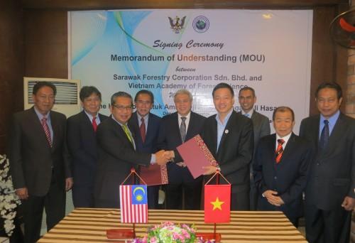 2018-08-01_Ky MoU voi Sarawak